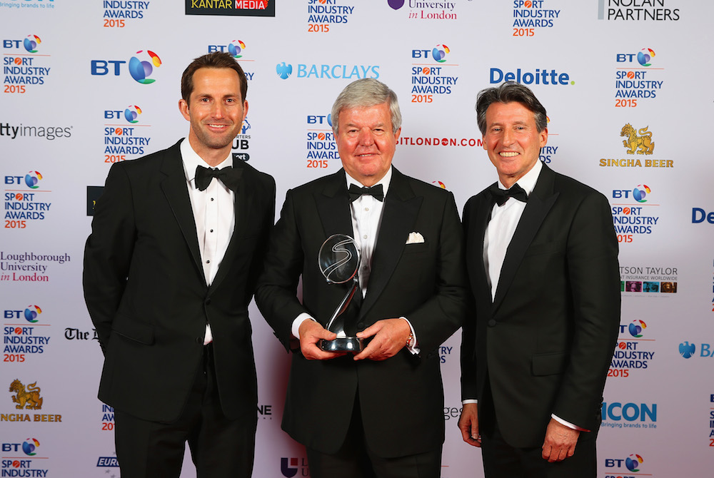 Sir Keith Mills poses with The Barclays Lifetime Achievement Award alongside Lord Sebastian Coe (R) and Sir Ben Ainslie (L)