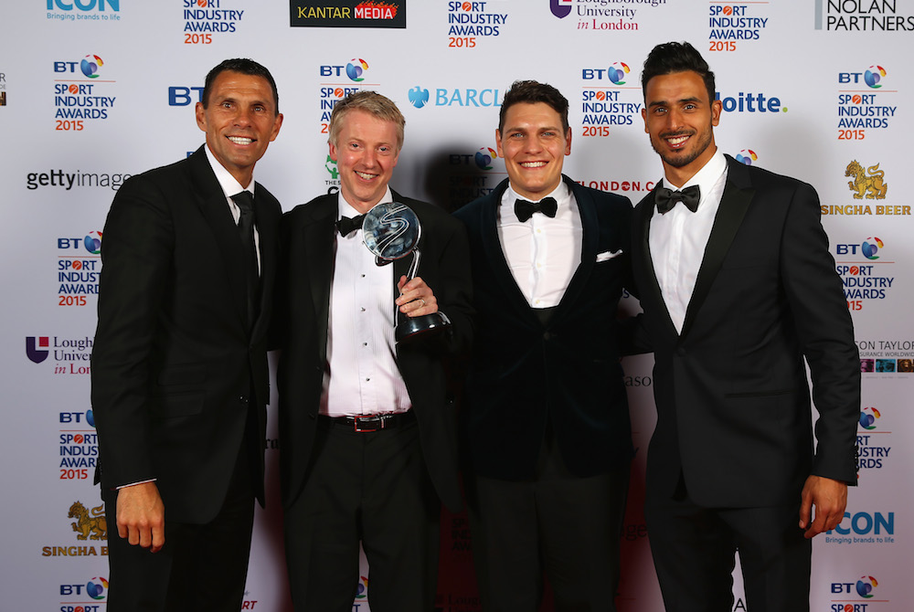 Gus Poyet and Nacer Chadli present the Best International Marketing Campaign Award sponsored by visitlondon.com presented to Samsung - Galaxy 11