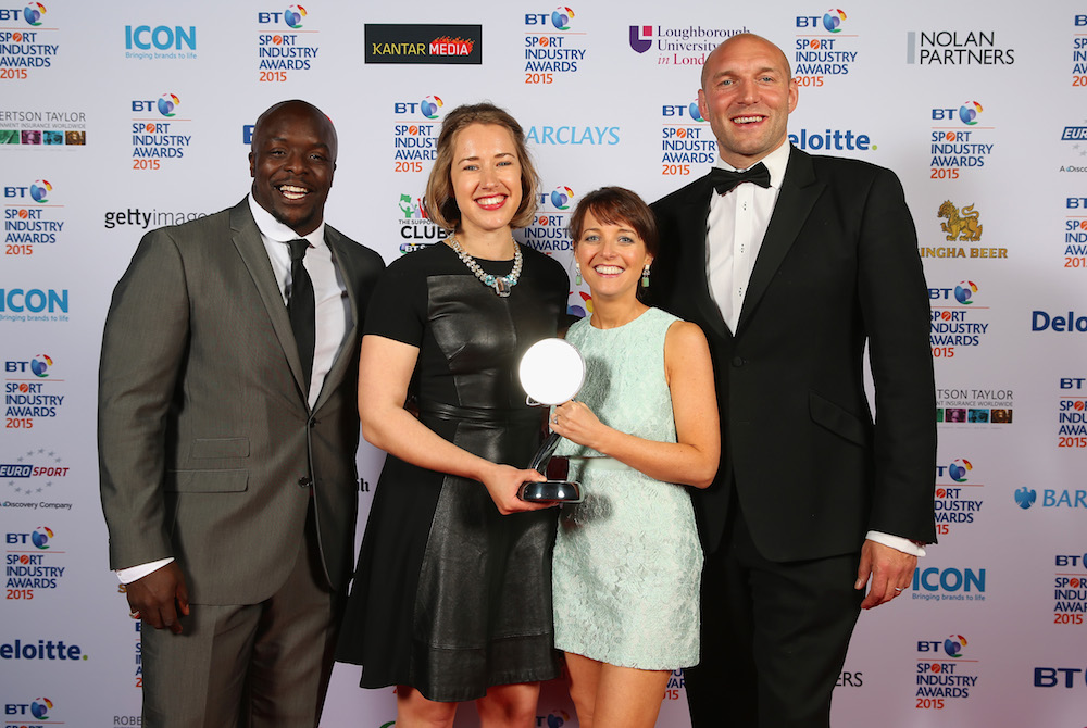 Adebayo Akinfenwa (L) and Ben Kay (R) pose with the winners of the Best Management of a Sportsperson Award to Icor Communications - Lizzy Yarnold MBE